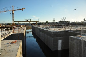 Fourth cycle of State Route 520 pontoons leaving Aberdeen casting basin April 15