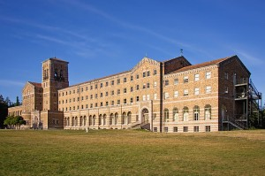 """Saint Edward Seminary (sometimes """"Saint Edward's Seminary"""") was an institution for developing Catholic priests in the US state of Washington."""