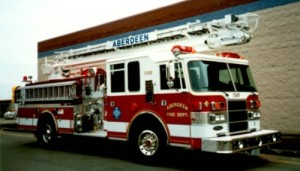 Grease fire escalates, displaces family of 6 in Aberdeen