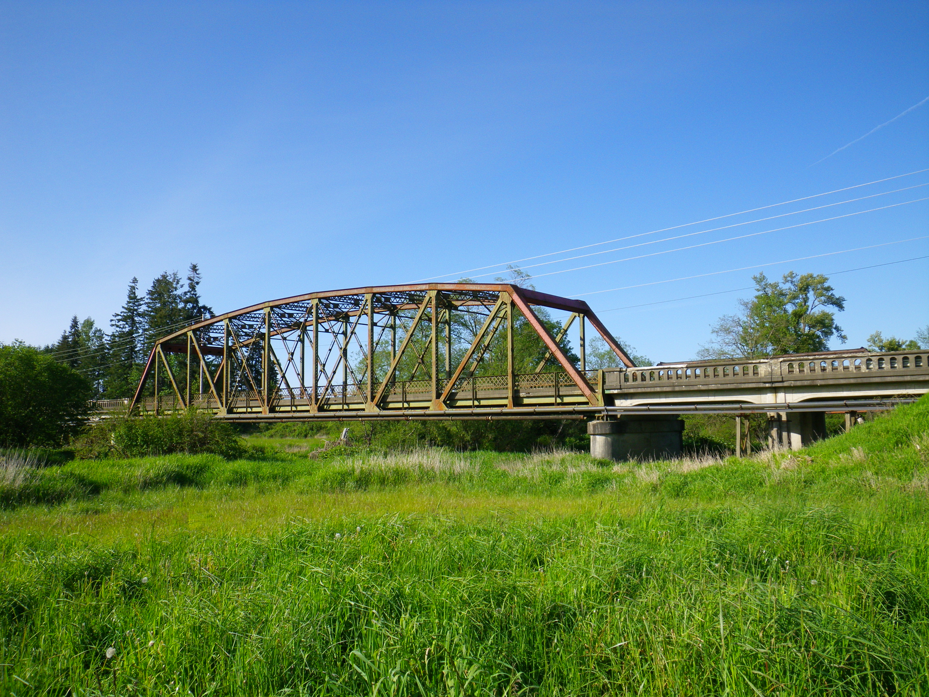 Old Willapa River Bridge to rest in pieces starting this week