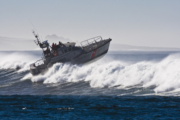 U.S. Coast Guard advises strong caution to beachgoers in the Pacific Northwest