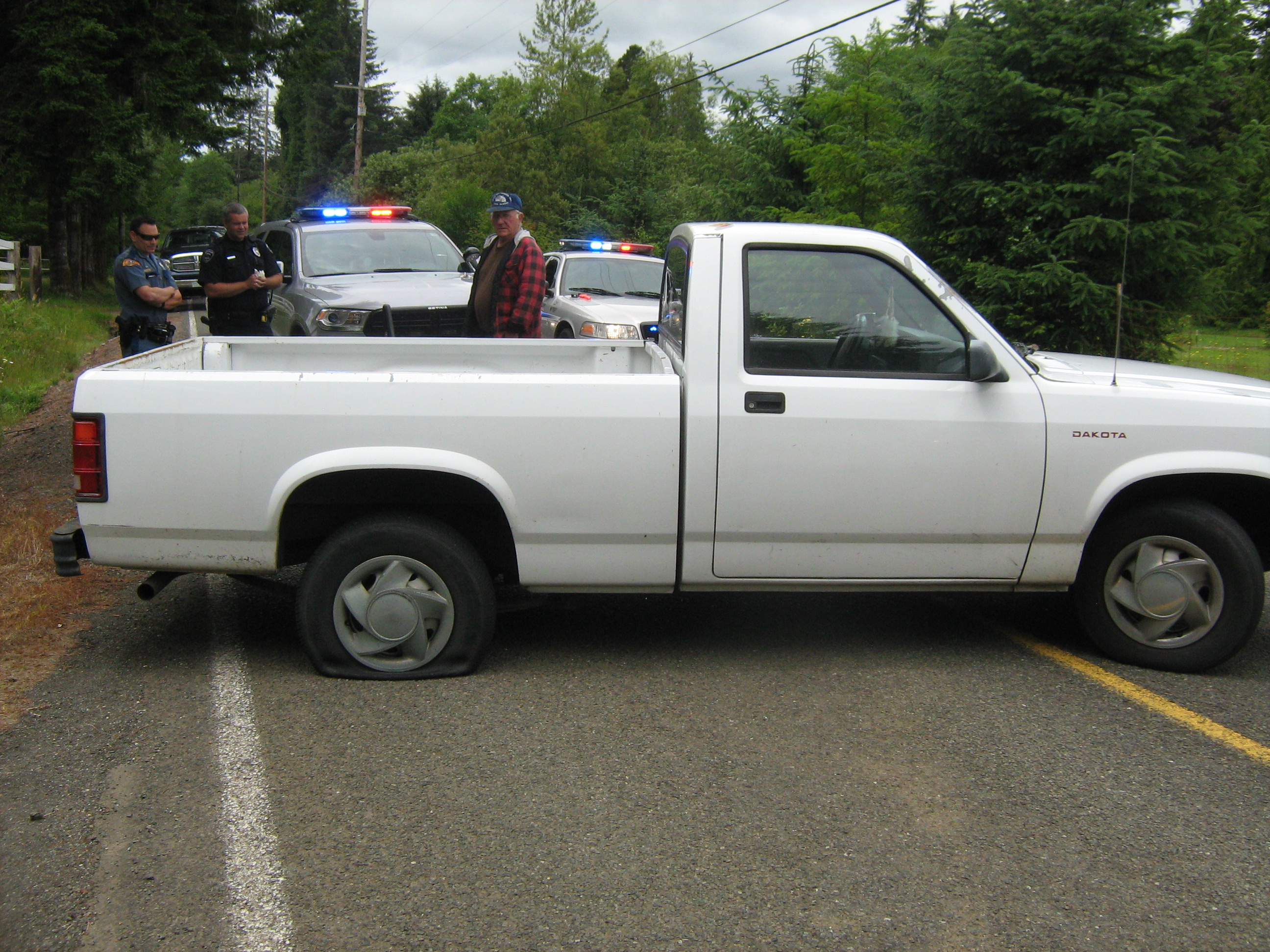 Hoquiam pursuit ends with good samaritan's intervention