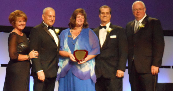 Grays Harbor E-911 Director recognized with APCO International Life Membership
