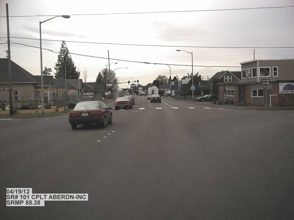 Bay Avenue and 22nd street become two-way streets near Hoquiam bridge